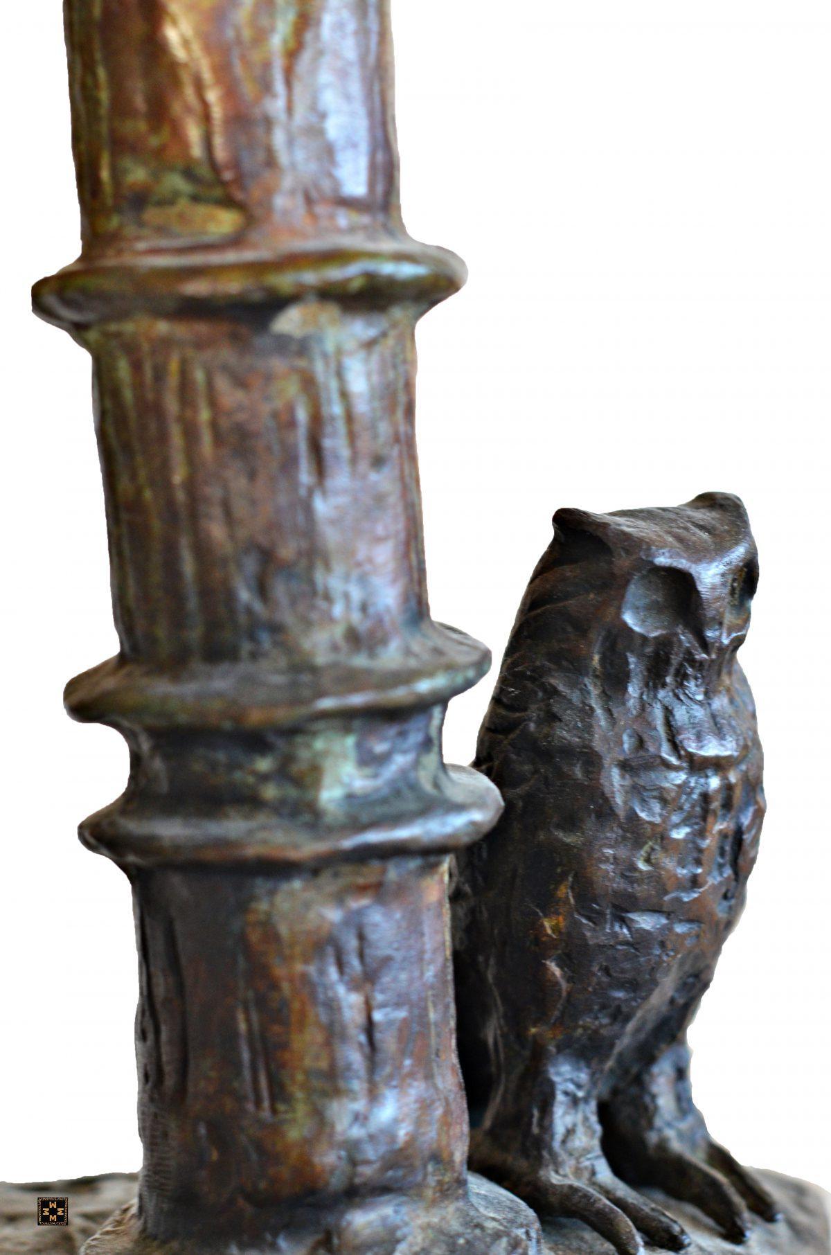 Paire de lampe au hibou (A) - Abat jour exécuté selon les plans de Marguerite Maeght.
