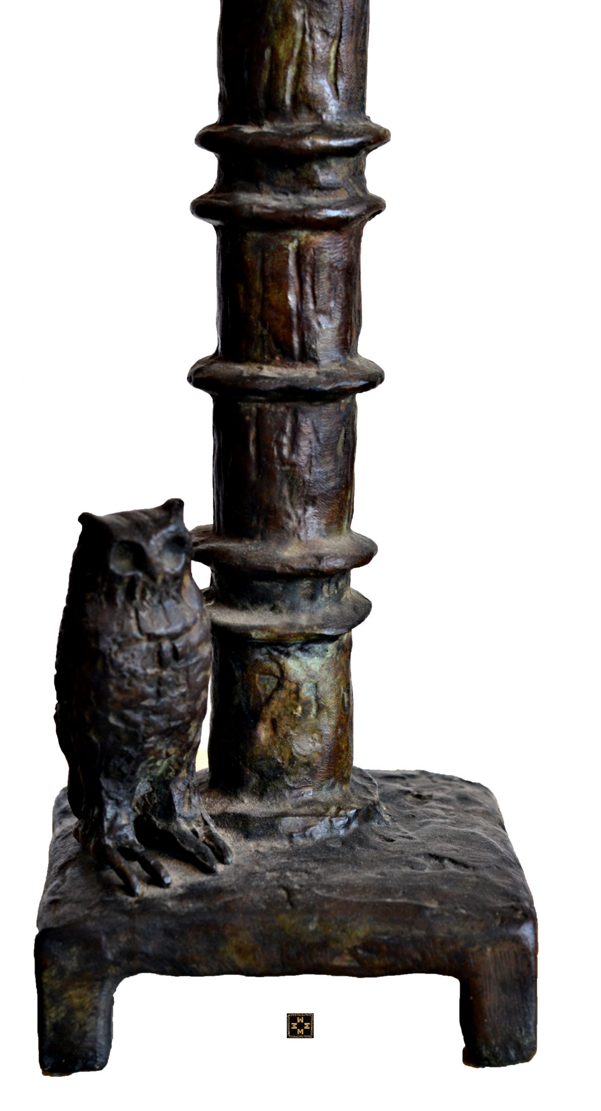 Paire de lampes au hibou (A) - Abat jour exécuté selon les plans de Marguerite Maeght.